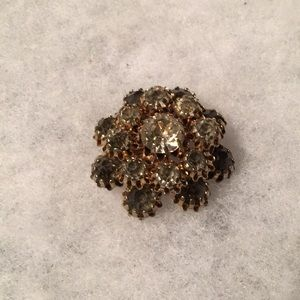 Gorgeous brooch. Perfect condition all stones